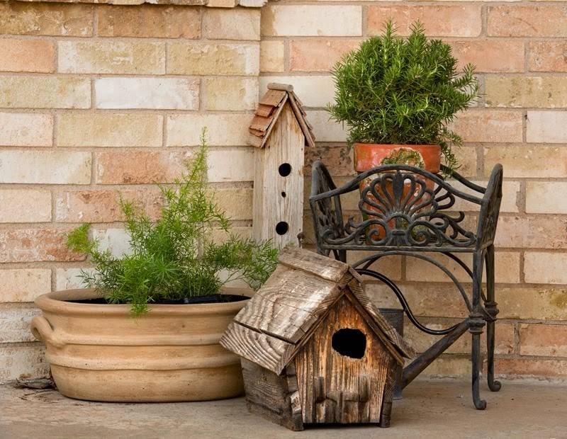 add life to your porch with birdhouse decorations